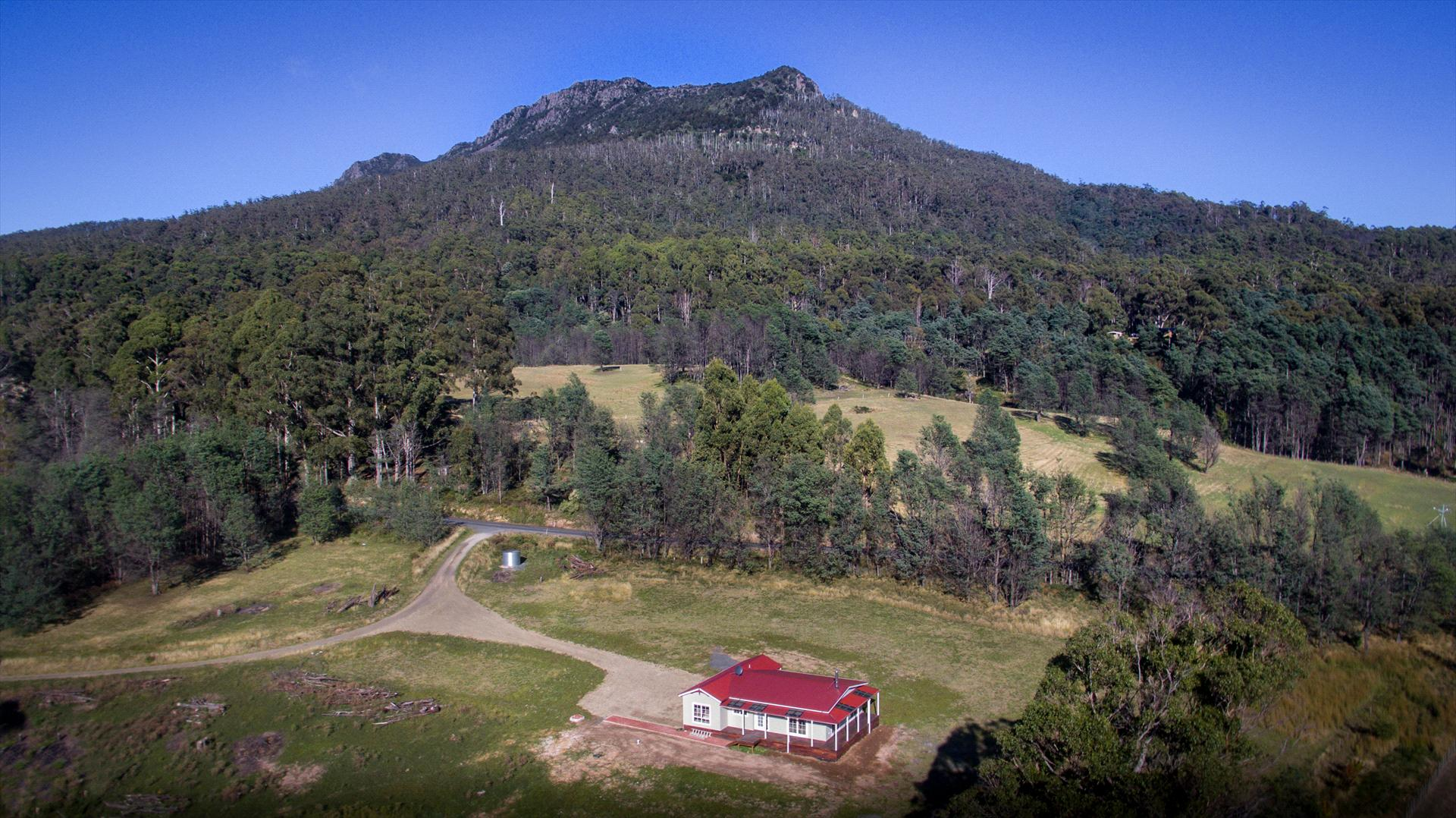 Mountain Blue Guest Accommodation - Golden Valley - TASMANIA