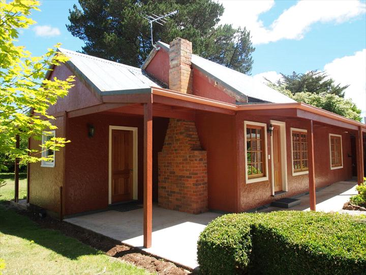 Tahara Cottage - Deloraine - TASMANIA