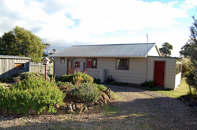 Engadine Cottage - Mole Creek TASMANIA