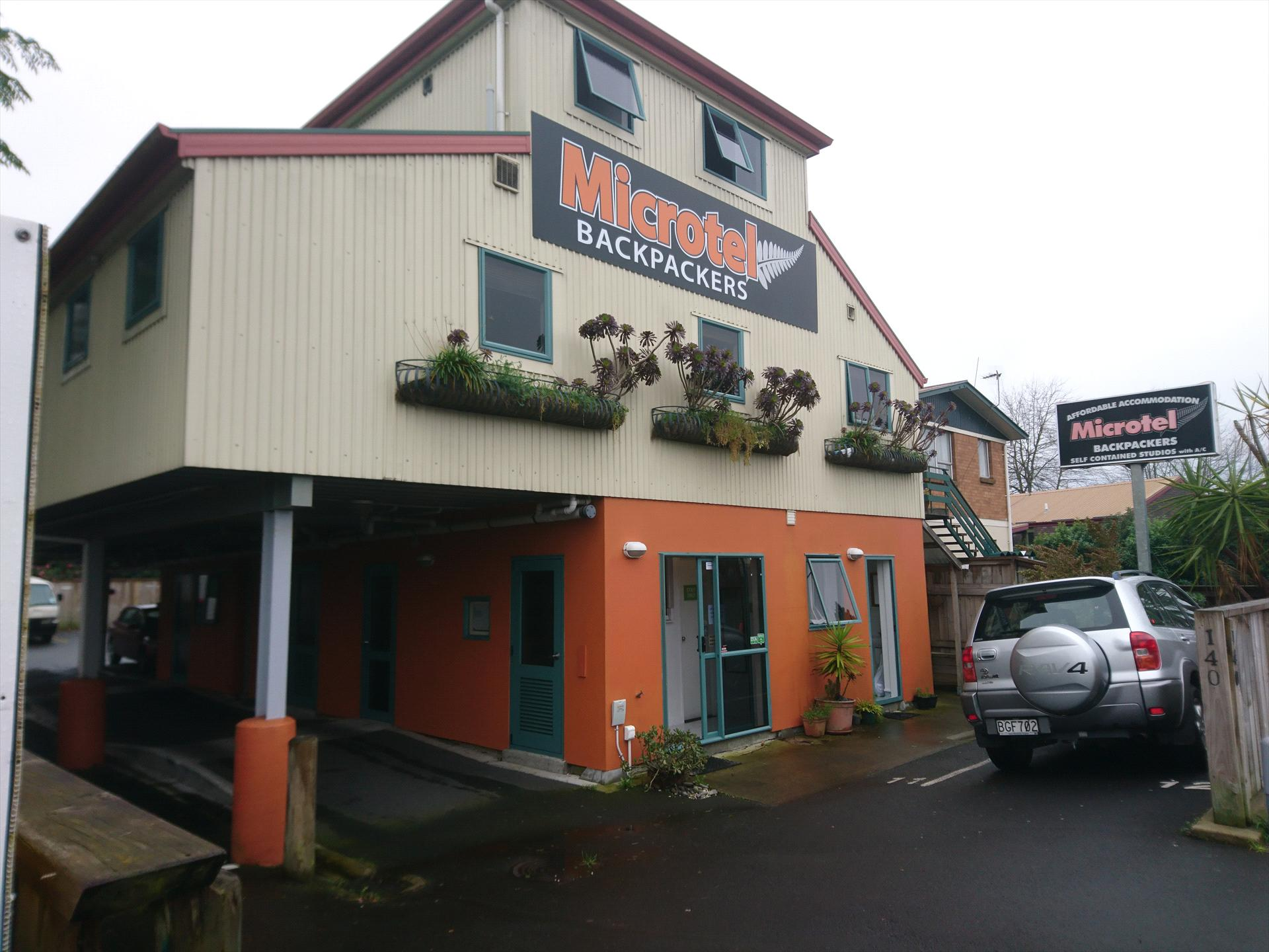 Microtel Backpackers Hamilton