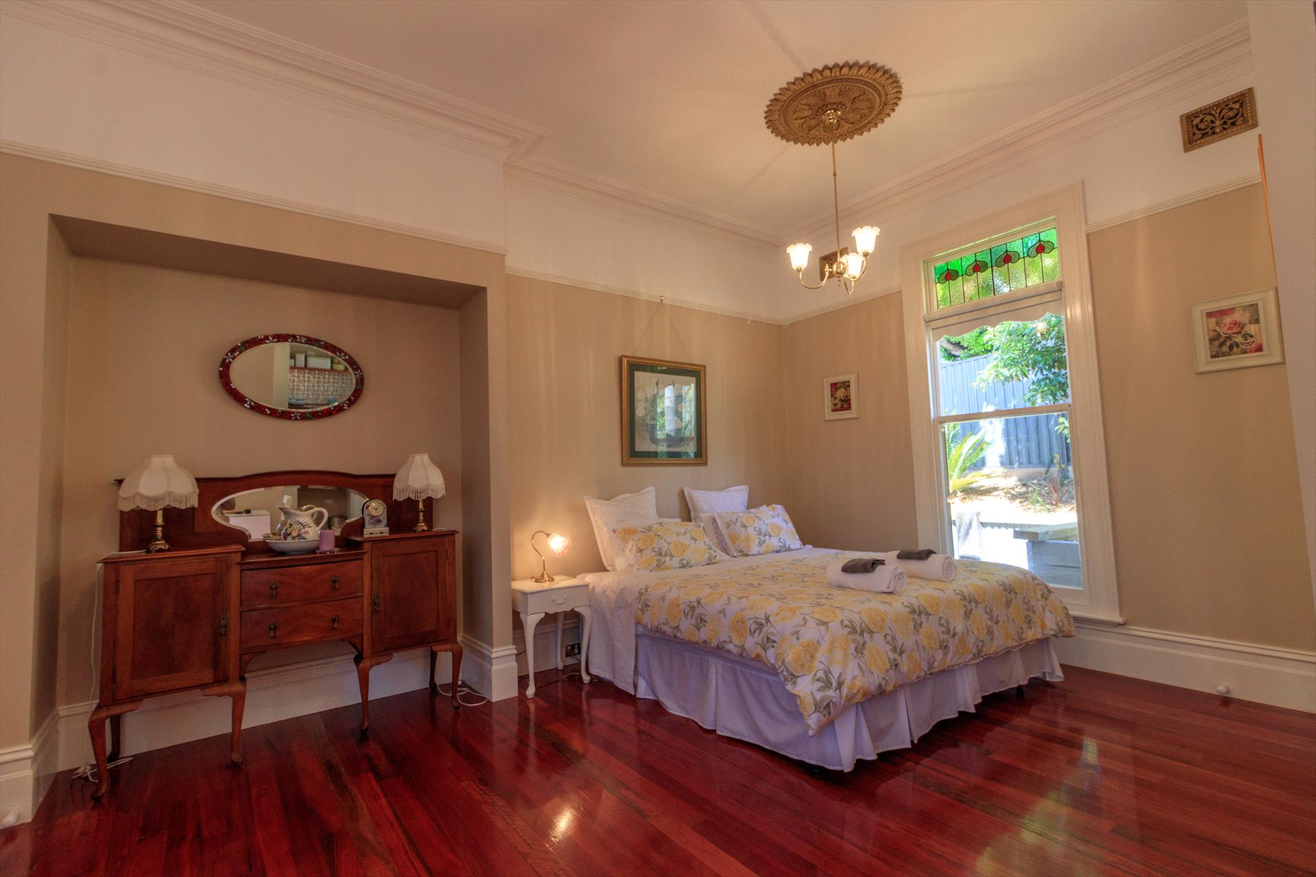 The Oaks Lilydale Accommodation