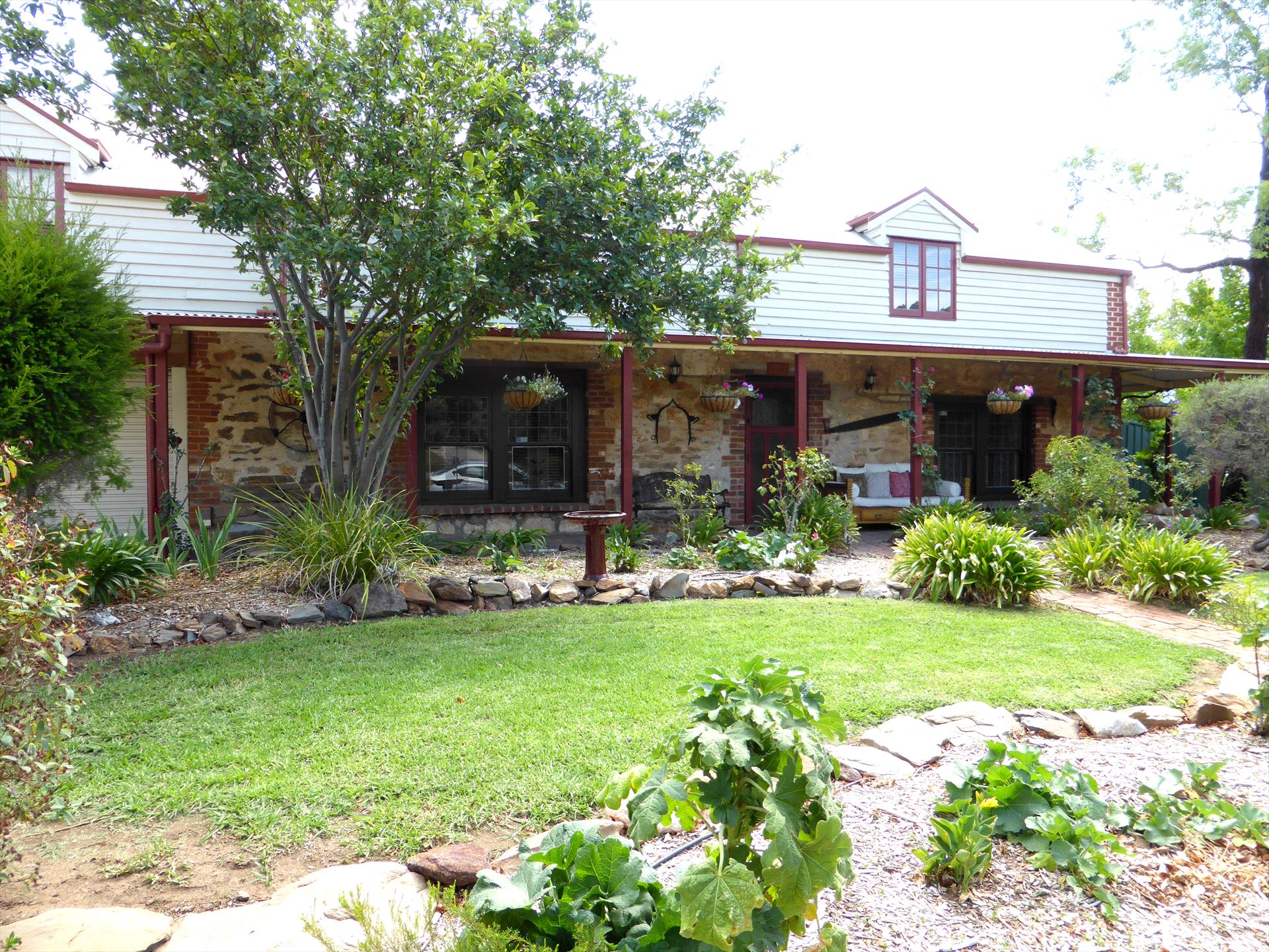 Barossa Barn Bed and Breakfast