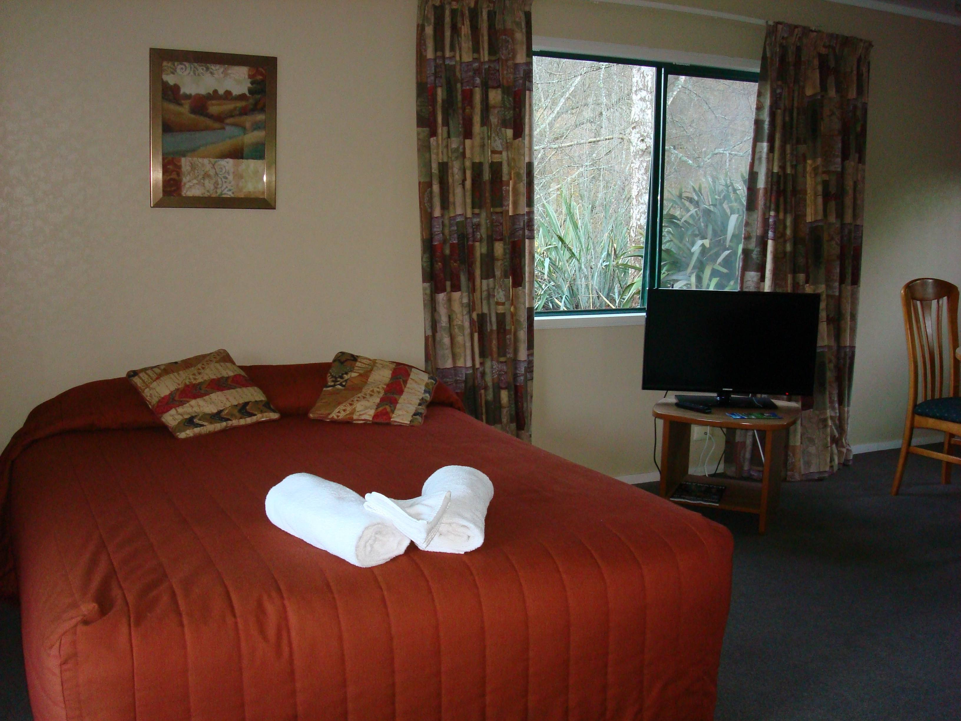 Kiwi Park Motels & Holiday Park