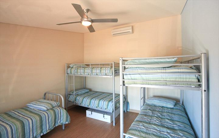 5 Bed Female Dorm with Shared Facilities Room Image