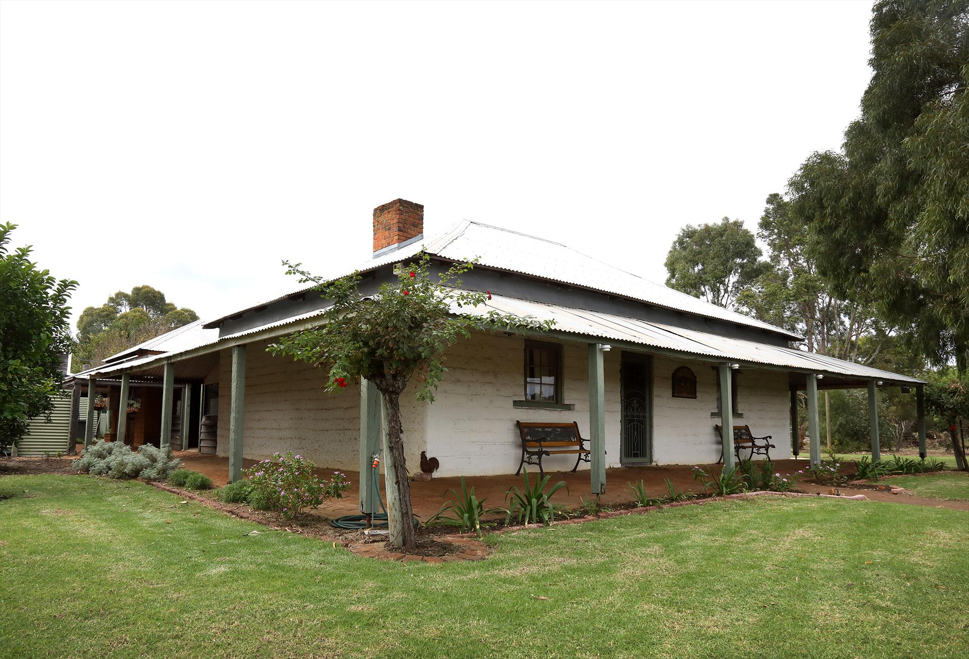 Strelley Brook Farmhouse