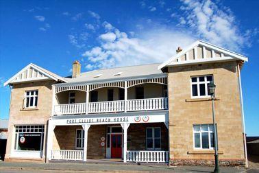Port Elliot Beach House YHA