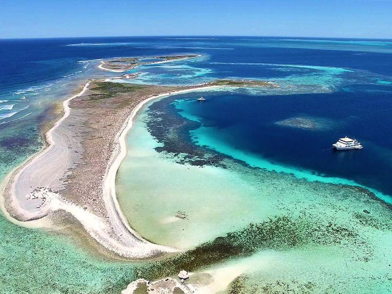 Eco Abrolhos - Abrolhos Island Charters