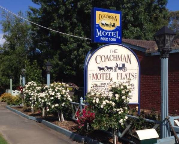 Coachman Motel and Holiday Units