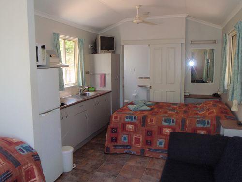 Bitter Springs Cabins and Camping at Mataranka