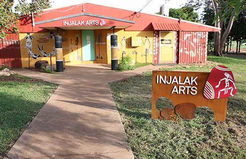 Injalak Arts