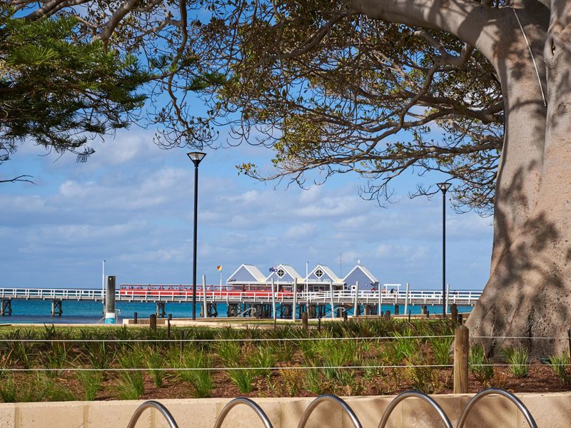 API Busselton Seaside Escape Apartments