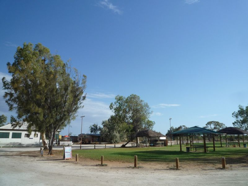 Hamelin Pool Caravan Park and Telegraph Station