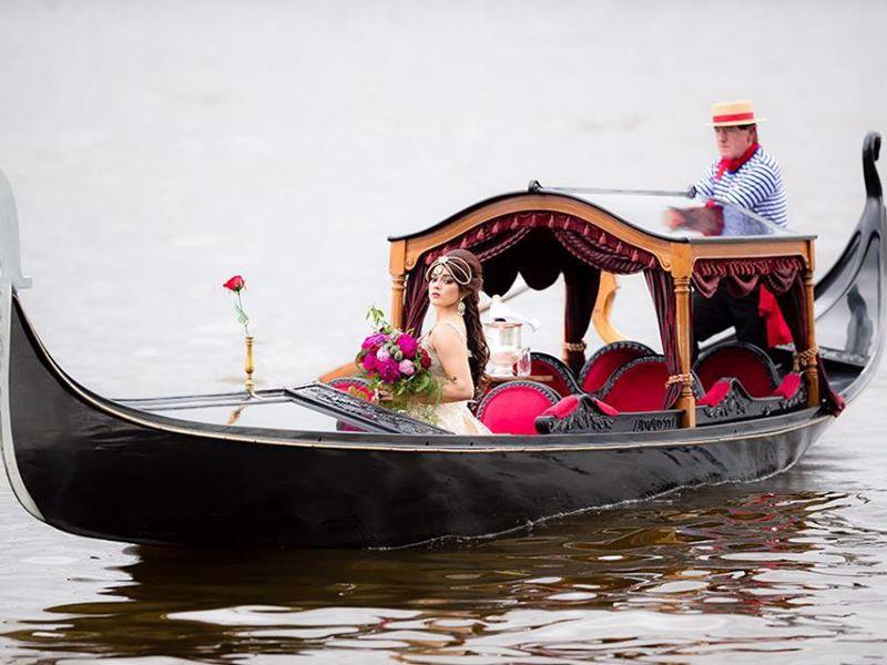 Gondolas on the Swan