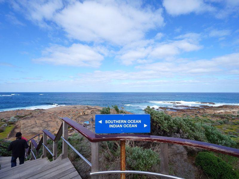 Otto Tours Australia