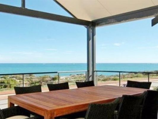 Blue Waters - Perth Holiday Stays